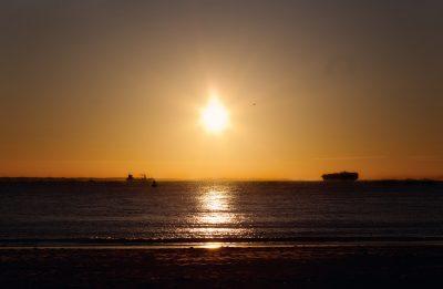 Foto zonsondergang strand Vlissingen