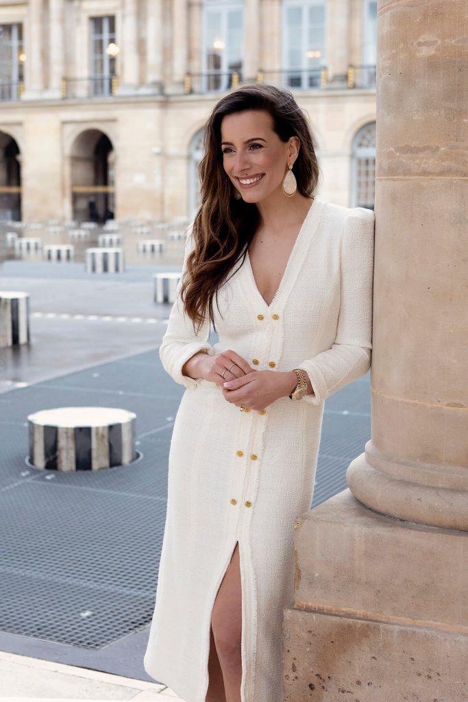 Beeldbank vrouw witte jurk